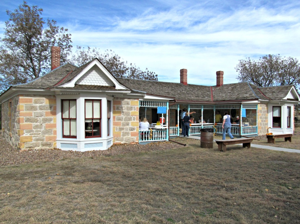 The cottonwood ranch in pursuit of pork for Cottonwood house